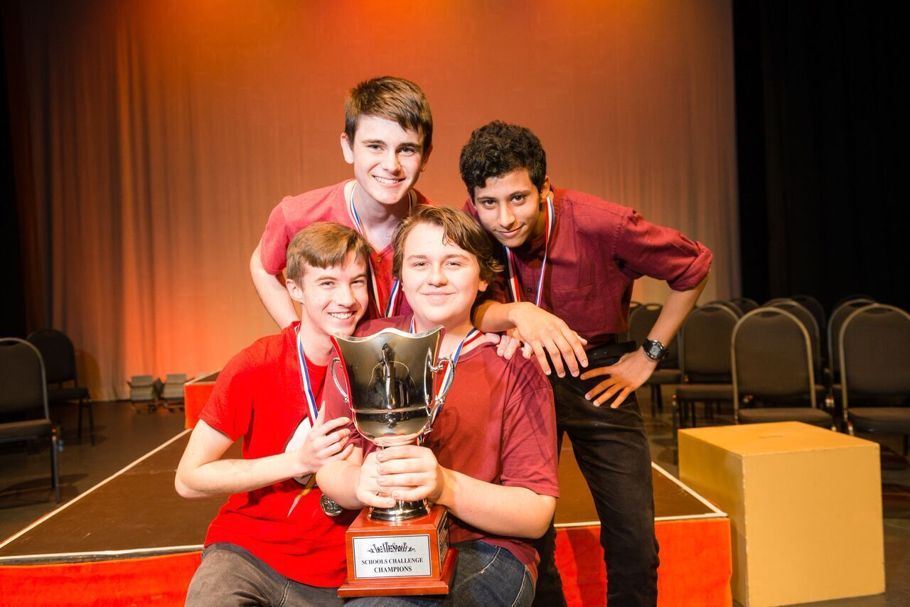 0961Impro-Australia Intmdt Theatre sports school Challenge SAC with cup_preview